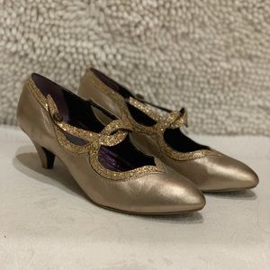 Poetic License Dorthys dream gold shoes